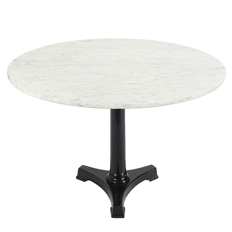 White marble table inspiration