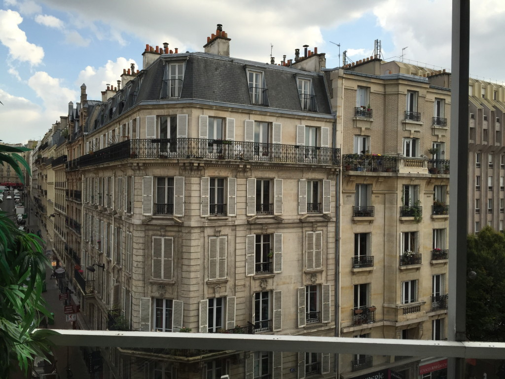 AirBNB Paris Rental